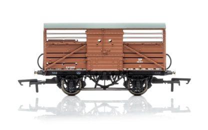 Hornby Dia.1529 Cattle Wagon, British Railways - Era 4